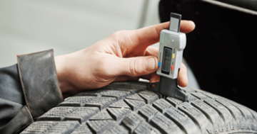 Fotolia_75515536_S_-_Our_advices_-_The_wear_of_your_tyre_how_to_recognise_it's_abnormal1535641956.png